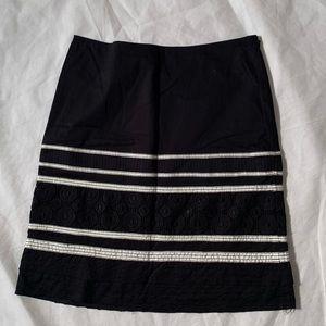 """Laundry Shelli Segal size 2 black white length 21"""""""